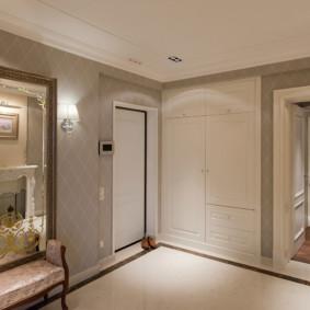 couloir dans les options de l'appartement