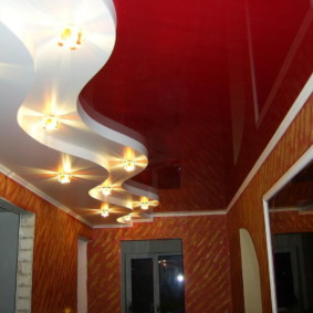 plafond tendu dans le hall