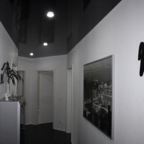 plafond tendu dans les options de photo de couloir