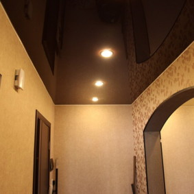 plafond tendu dans le couloir photo