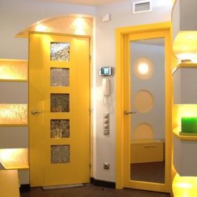 couloir dans un appartement dans une maison de panneau photo intérieur