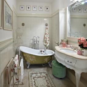 Salle de bain spacieuse et rustique