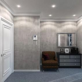 papier peint liquide dans le couloir gris