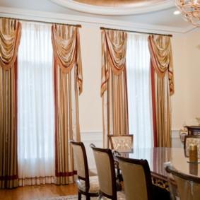 rèm cửa hiện đại thiết kế ảnh cổ điển
