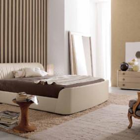 chambre à coucher dans les couleurs beige décoration photo