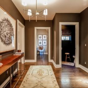 murs dans les idées de décoration de couloir