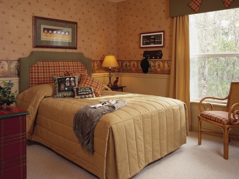 Chambre confortable de 3 par 3 avec un lit confortable