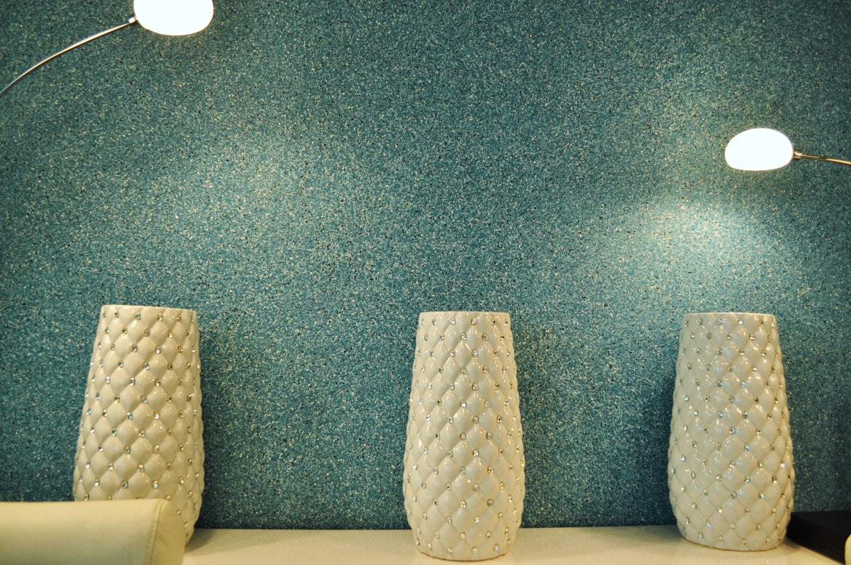 papier peint liquide dans le couloir en soie