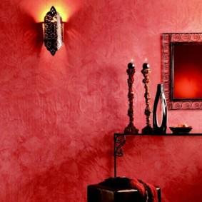 papier peint liquide dans le couloir est lumineux
