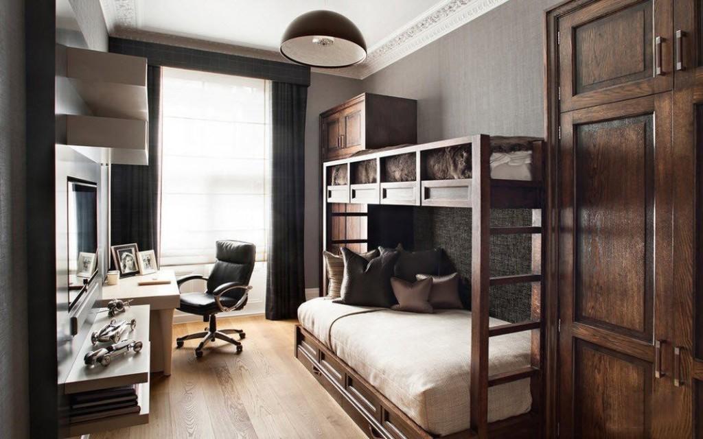 Meubles en bois dans la chambre avec bureau