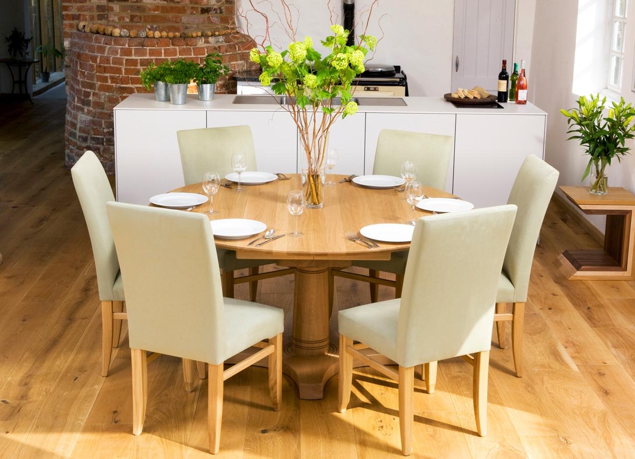 table en bois sur une jambe pour la cuisine
