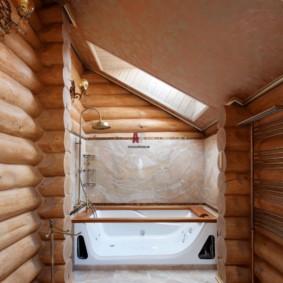 Conception de salle de bain dans une maison en rondins