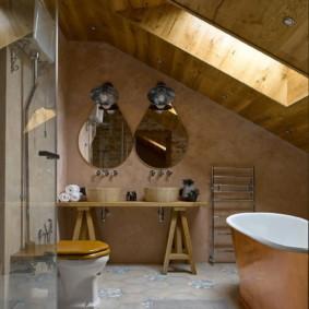 Armoire d'origine sous les lavabos de la salle de bain