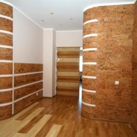 papier peint combiné dans le couloir de l'appartement types de photos