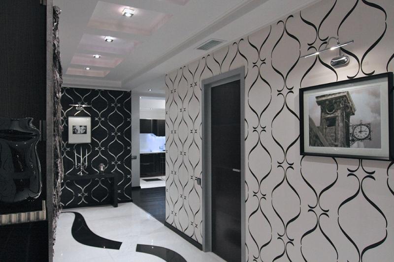 papier peint dans le couloir