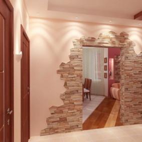 papier peint et pierre décorative à l'intérieur du couloir