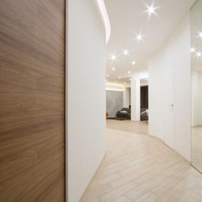 carreaux de sol dans la conception du couloir