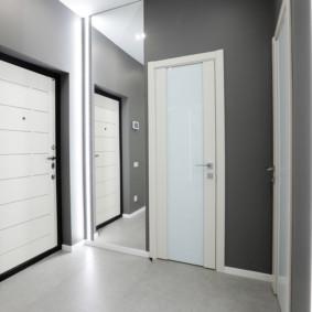 carreaux de sol au couloir de l'idée