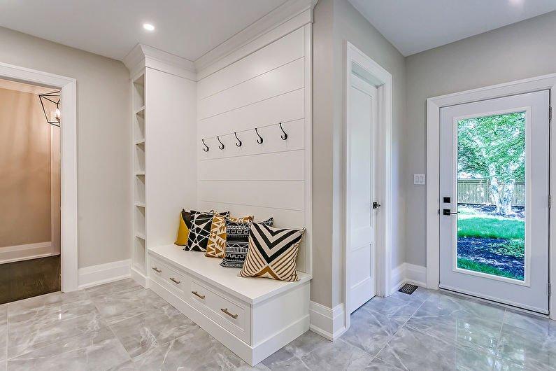 carreaux de sol dans la conception de photo de couloir