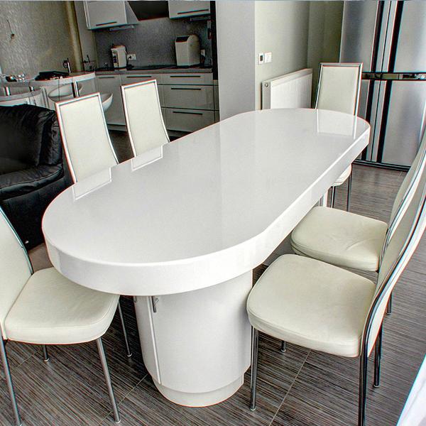 table en pierre acrylique
