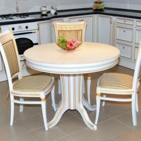 table sur une jambe pour les idées de photos de cuisine