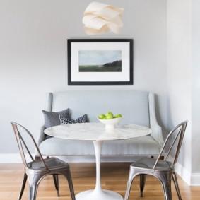 table sur une jambe pour les idées de cuisine