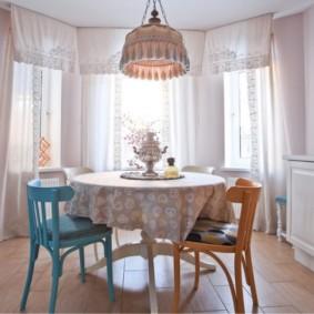 table sur une jambe pour les types d'idées de cuisine