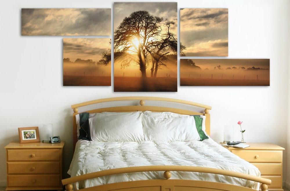 Lever de soleil sur la photo dans la chambre