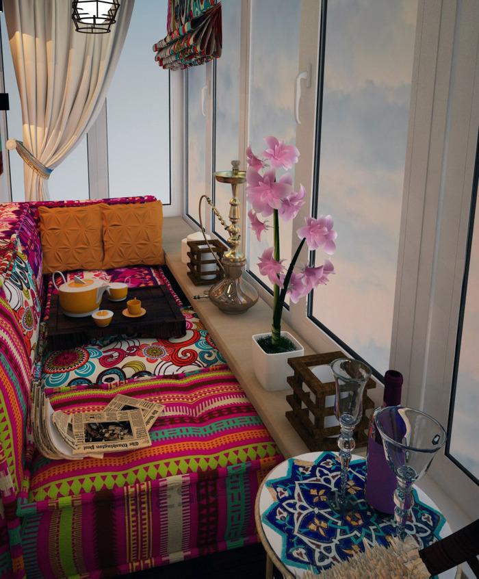 Textiles lumineux à l'intérieur du balcon de l'appartement