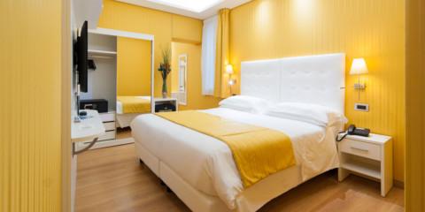 vues de la chambre jaune