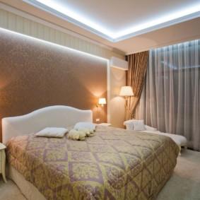 appliques dans la chambre au-dessus des idées de décoration de lit