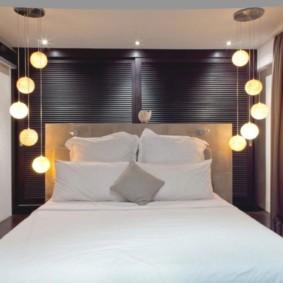 applique dans la chambre au-dessus des idées de décoration de lit