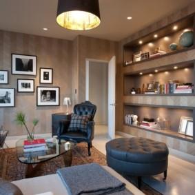 conception de mur dans le salon vues de la photo