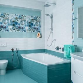 Carreaux turquoise dans la salle de bain