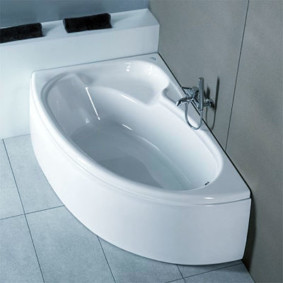 Petite cuvette d'une baignoire en fonte
