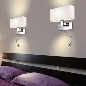 Taies d'oreiller lilas dans la chambre