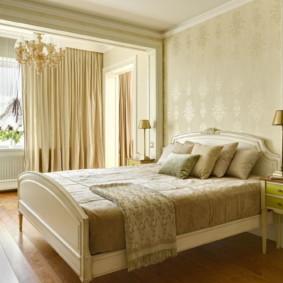Chambre confortable de style classique