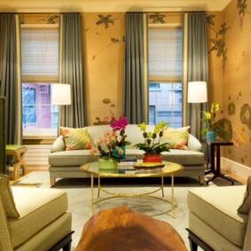 Kết hợp rèm với rèm cửa trực tiếp trong nội thất phòng khách