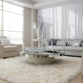 Meubles blancs à l'intérieur du salon