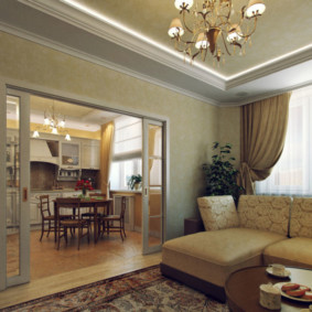 Portes coulissantes dans le salon d'un appartement de deux pièces