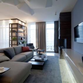 Coin salon avec un confortable canapé pliant