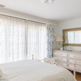 Rideaux de chambre de style Provence clair