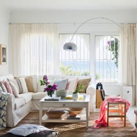 ý tưởng trang trí phòng khách màu sắc rực rỡ