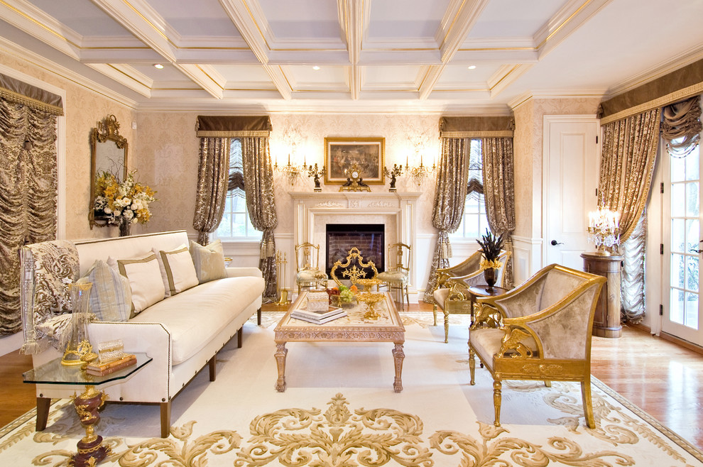 lò sưởi phòng khách phong cách cổ điển