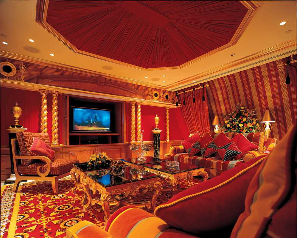 beau design du salon dans un style oriental