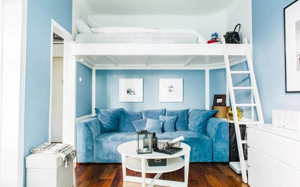 Canapé direct dans le niveau inférieur du lit mansardé