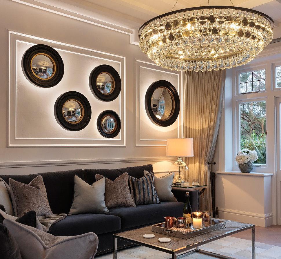 Đèn chùm thủy tinh với mặt dây chuyền dài cho phòng khách