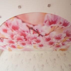 plafonds suspendus dans la chambre photo