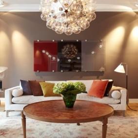 éclairage de la pièce dans le décor de l'appartement