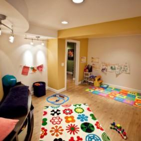 éclairage des pièces dans l'appartement types d'idées